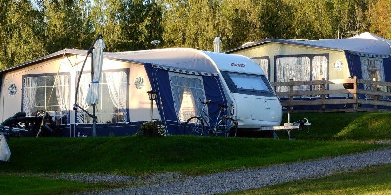 Hold styr på dine ting på campingferien med et opbevaringstelt